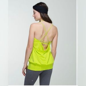 LULULEMON / FLOW & GO TANK TOP